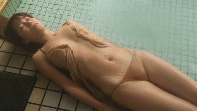 【おっぱい】温泉で癒されているグラビアアイドルたちのおっぱい画像がエロすぎる!【30枚】 29