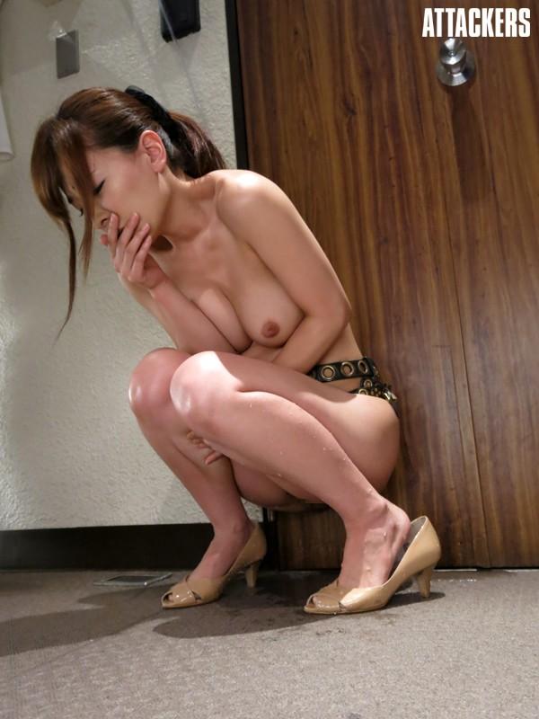 【おっぱい】奴隷として支配された者につけられる貞操帯の女性のおっぱい画像がエロすぎる!【30枚】 14