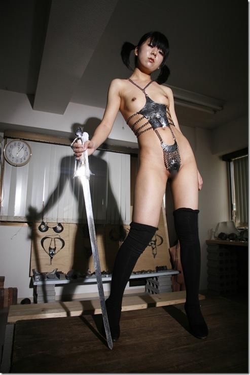 【おっぱい】奴隷として支配された者につけられる貞操帯の女性のおっぱい画像がエロすぎる!【30枚】 20