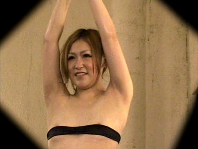【おっぱい】混浴風呂でハレンチ水着でエッチなことをしている女の子のおっぱい画像がエロすぎる!【30枚】 27