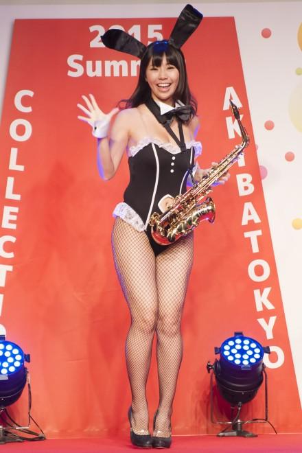 【おっぱい】イベントや舞台で登場するグラビアアイドルたちのおっぱい画像がエロすぎる!【30枚】 03
