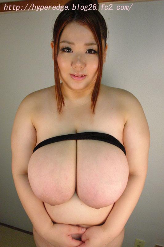 【おっぱい】おっぱいが大きくて柔らか豊満ボディのぽっちゃり女の子のおっぱい画像がエロすぎる!【30枚】 26