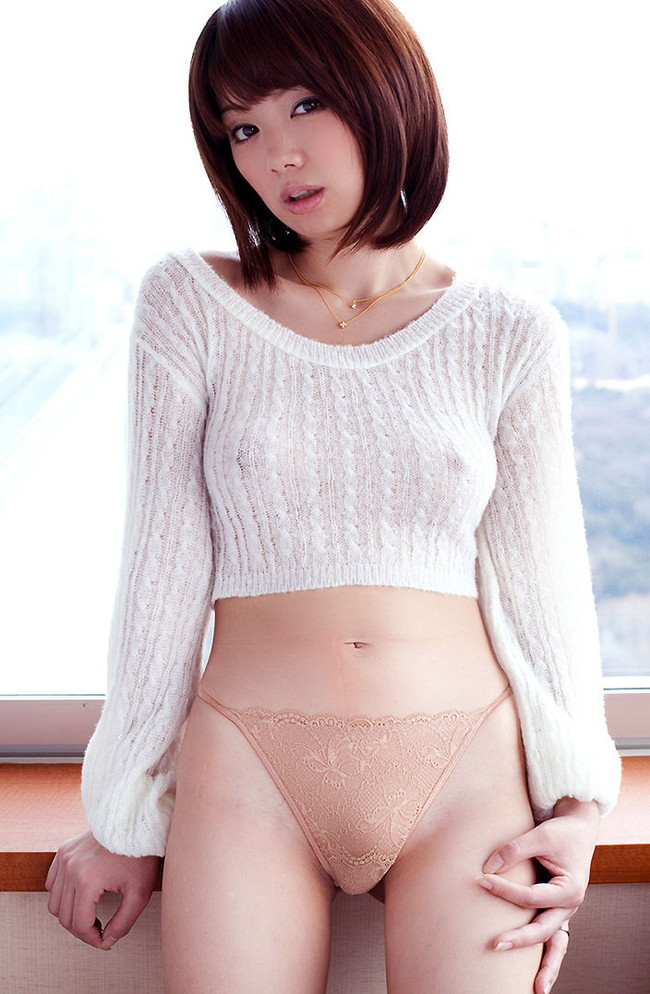 【おっぱい】あったかそうなセーターを着て、大きなおっぱいを主張してくる女の子の画像がエロすぎる!【30枚】 09