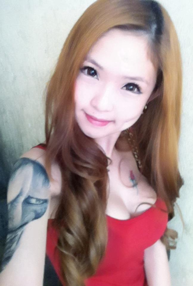 【おっぱい】体の一部や全身にタトゥーを入れている女性のおっぱい画像がエロすぎる!【30枚】 22