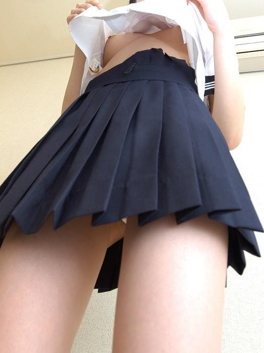 【おっぱい】学生時代の思い出、セーラー服でコスっている女の子のおっぱい画像がエロすぎる!【30枚】 29