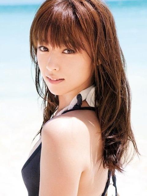 【おっぱい】可愛くておっぱいの大きな深キョンこと深田恭子さんのおっぱい画像がエロすぎる!【30枚】 16