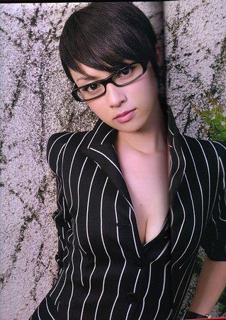 【おっぱい】可愛くておっぱいの大きな深キョンこと深田恭子さんのおっぱい画像がエロすぎる!【30枚】 25