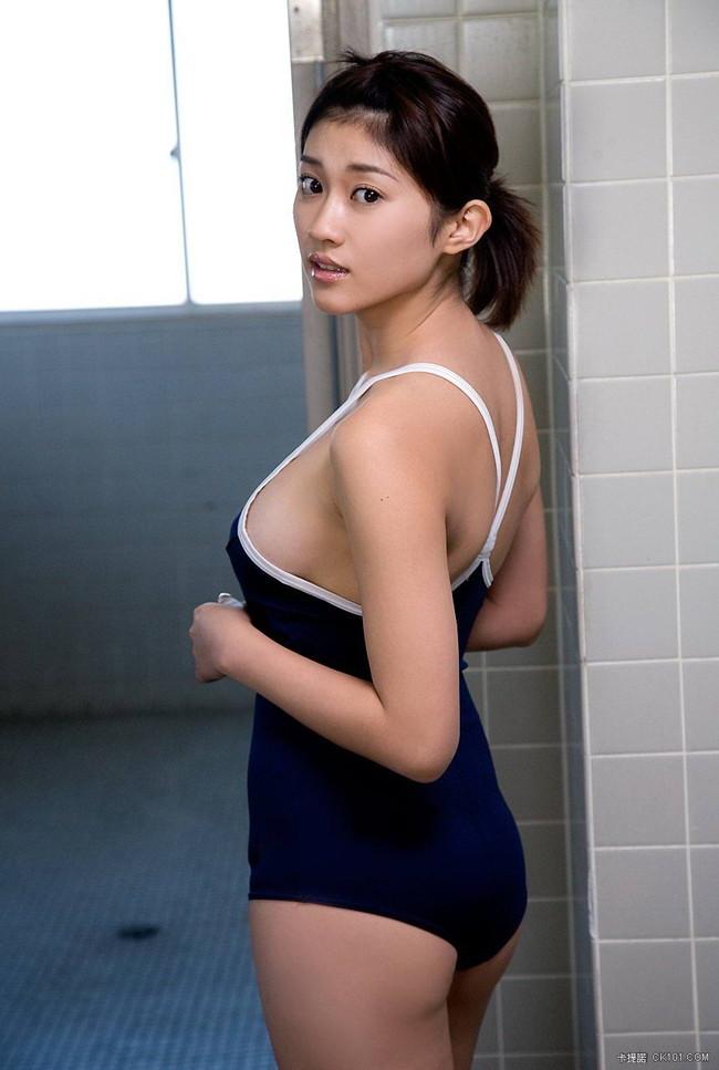 【おっぱい】スクール水着が絶妙に似合っている可愛い女の子のおっぱい画像がエロすぎる!【30枚】 17