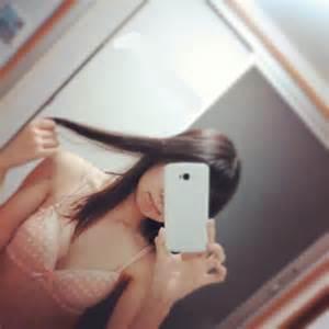 【おっぱい】スマホやカメラで鏡越しに自撮りをしているような女の子のおっぱい画像がエロすぎる!【30枚】 26