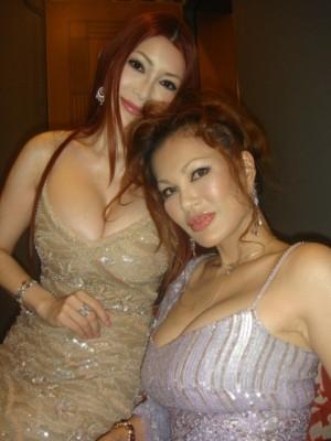 【おっぱい】豊満ナイスバディでゴージャース姉妹で有名な叶姉妹のおっぱい画像がエロすぎる!【30枚】 28