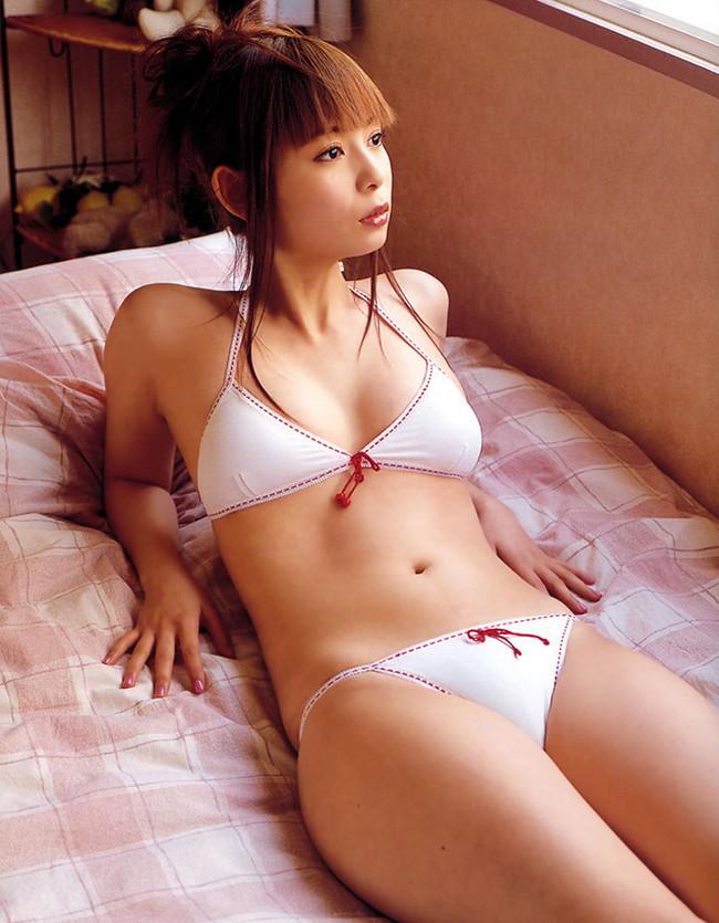 【おっぱい】オタクアイドルの第一人者、しょこたんこと中川翔子さんのおっぱい画像がエロすぎる!【30枚】 12