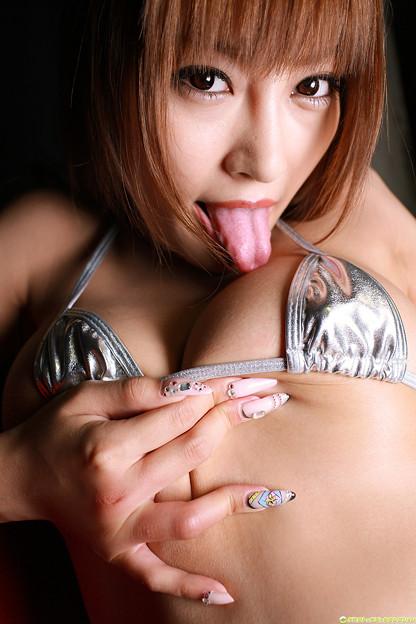 【おっぱい】日本人離れした最高の美女・明日花キララちゃんのおっぱい画像がエロすぎる!【30枚】 08