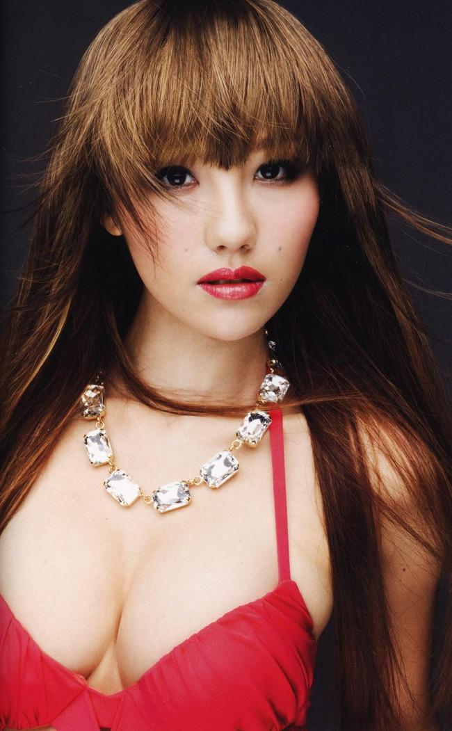 【おっぱい】歌手としてもナイスバディで大人気な谷村奈南さんのおっぱい画像がエロすぎる!【30枚】 11