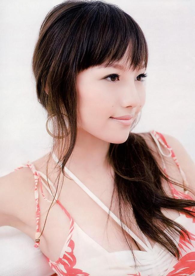 【おっぱい】歌手としてもナイスバディで大人気な谷村奈南さんのおっぱい画像がエロすぎる!【30枚】 21