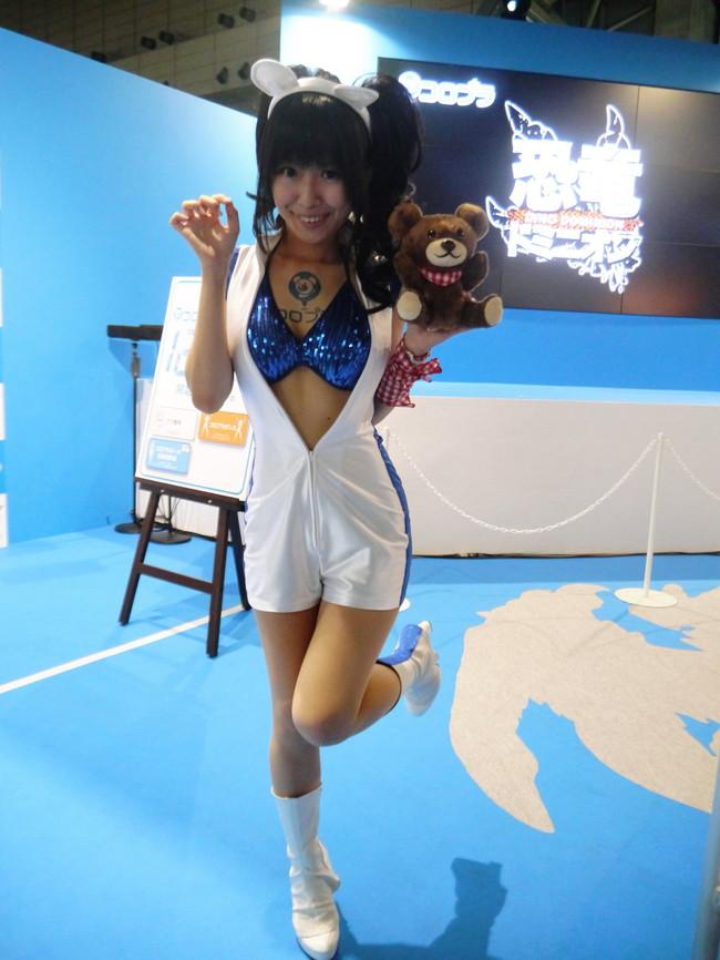 【おっぱい】東京ゲームショーで案内してくれるイベントコンパニオンの女の子のおっぱい画像がエロすぎる!【30枚】 16