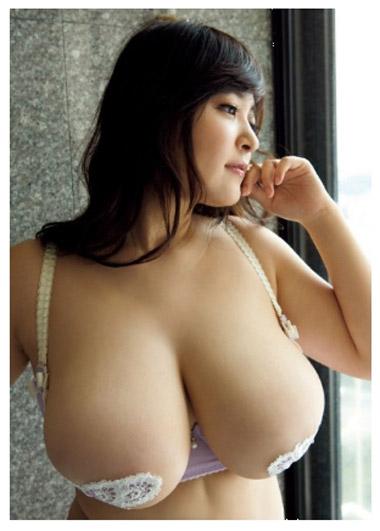 【おっぱい】Iカップの爆乳グラビアアイドルの柳瀬早紀ちゃんのおっぱい画像がエロすぎる!【30枚】 21