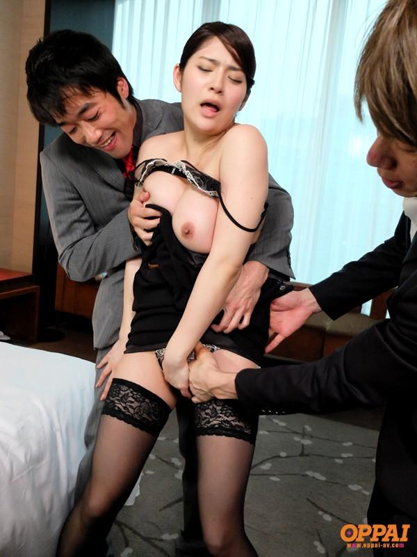 【おっぱい】秘書で右腕となって仕事もエッチなこともちゃんとこなしてくれる女性のおっぱい画像がエロすぎる!【30枚】 10