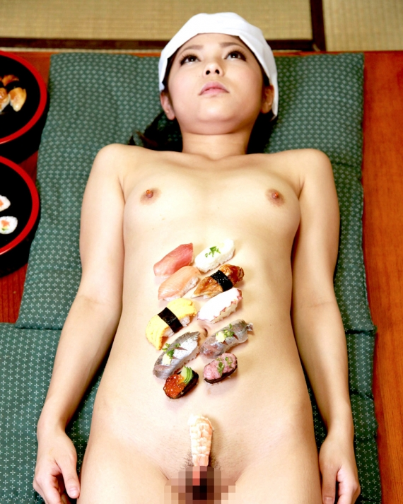 【おっぱい】お刺身やケーキ、そして私も召し上がれ!女体盛りで登場する女の子のおっぱい画像がエロすぎる!【30枚】 03