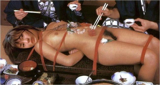 【おっぱい】お刺身やケーキ、そして私も召し上がれ!女体盛りで登場する女の子のおっぱい画像がエロすぎる!【30枚】 08