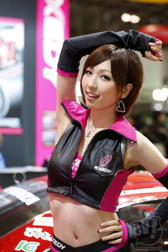 【おっぱい】東京オートサロンにいるキャンギャル、コンパニオンの女の子のおっぱい画像がエロすぎる!【30枚】 10