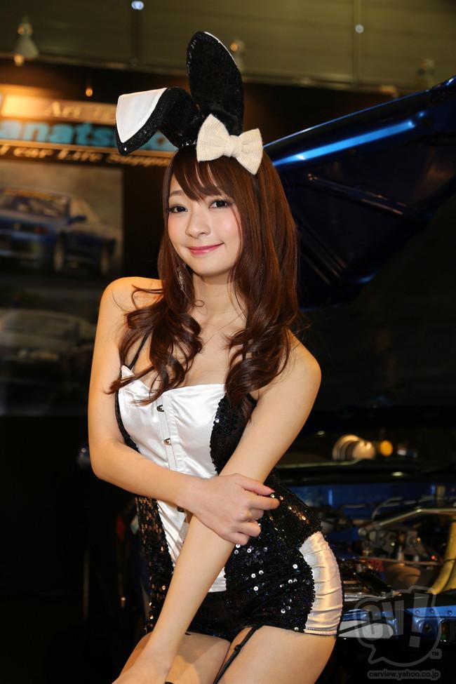 【おっぱい】東京オートサロンにいるキャンギャル、コンパニオンの女の子のおっぱい画像がエロすぎる!【30枚】 13