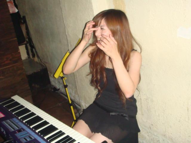 【おっぱい】Eカップの巨乳の持ち主でもあるピアニスト・高木里代子さんのおっぱい画像がエロすぎる!【30枚】 13