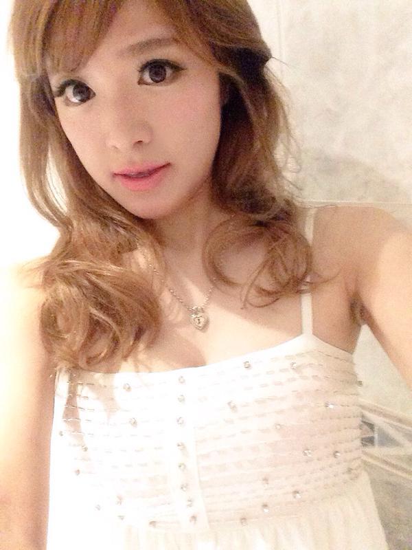 【おっぱい】Eカップの巨乳の持ち主でもあるピアニスト・高木里代子さんのおっぱい画像がエロすぎる!【30枚】 22