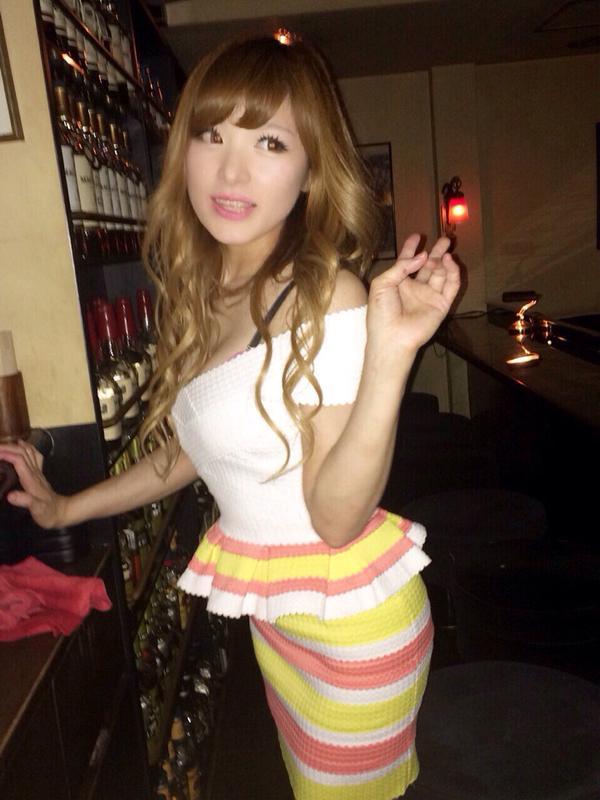 【おっぱい】Eカップの巨乳の持ち主でもあるピアニスト・高木里代子さんのおっぱい画像がエロすぎる!【30枚】 23