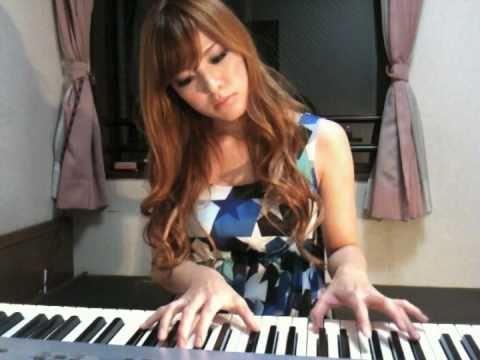【おっぱい】Eカップの巨乳の持ち主でもあるピアニスト・高木里代子さんのおっぱい画像がエロすぎる!【30枚】 29