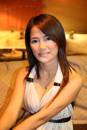 【おっぱい】シャチョウサン!キテキテ!フィリピン人の女の子のおっぱい画像がエロすぎる!【30枚】 20