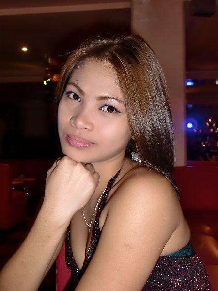 【おっぱい】シャチョウサン!キテキテ!フィリピン人の女の子のおっぱい画像がエロすぎる!【30枚】 26