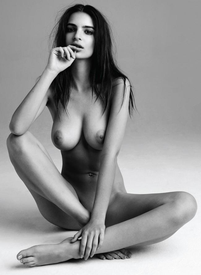 【おっぱい】パーフェクトボディのスーパーモデル、エミリー・ラタコウスキーさんのおっぱい画像がエロすぎる!【30枚】 03