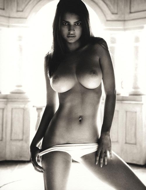 【おっぱい】パーフェクトボディのスーパーモデル、エミリー・ラタコウスキーさんのおっぱい画像がエロすぎる!【30枚】 20