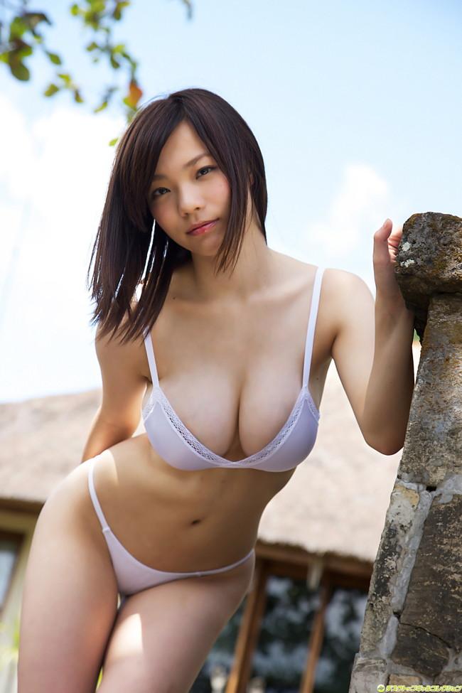 【おっぱい】Iカップを武器にグラビアアイドルをしていた鷹羽澪ちゃんのおっぱい画像がエロすぎる!【30枚】 07
