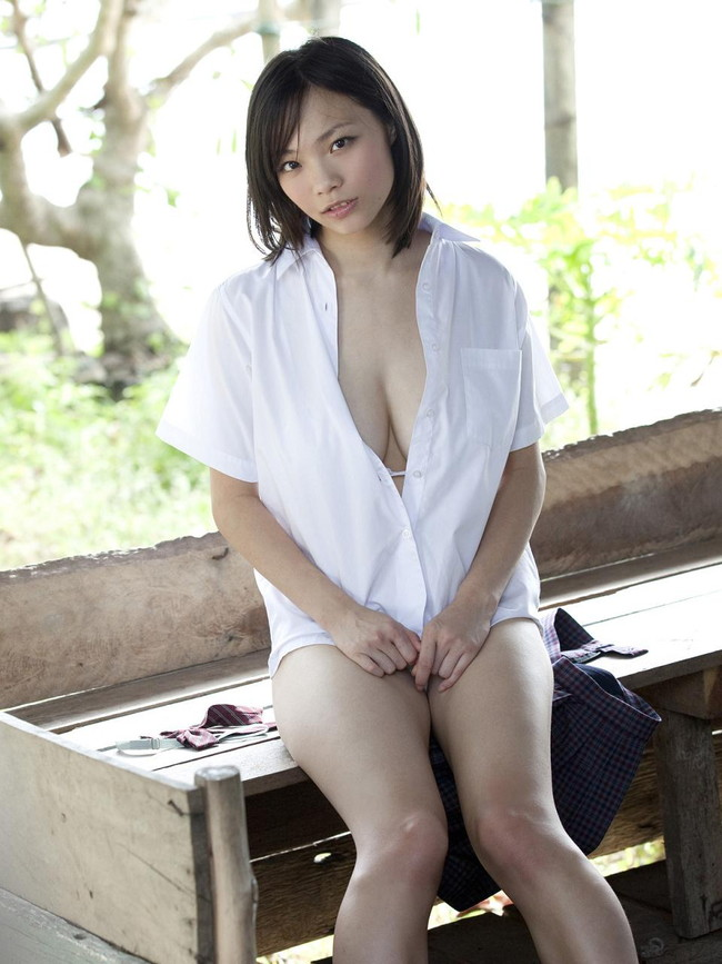 【おっぱい】Iカップを武器にグラビアアイドルをしていた鷹羽澪ちゃんのおっぱい画像がエロすぎる!【30枚】 20