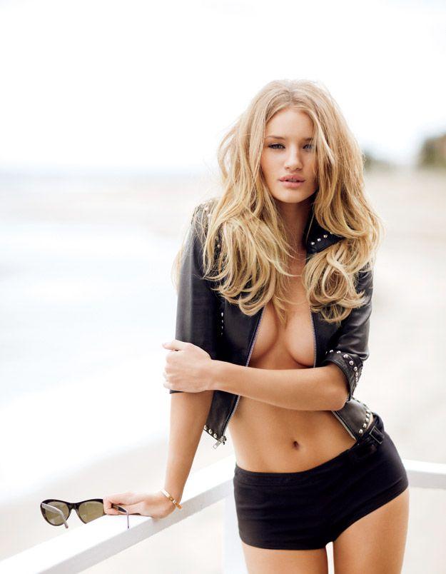 【おっぱい】ファッションモデルのロージー・ハンティントン=ホワイトリーさんのおっぱい画像がエロすぎる!【30枚】 24