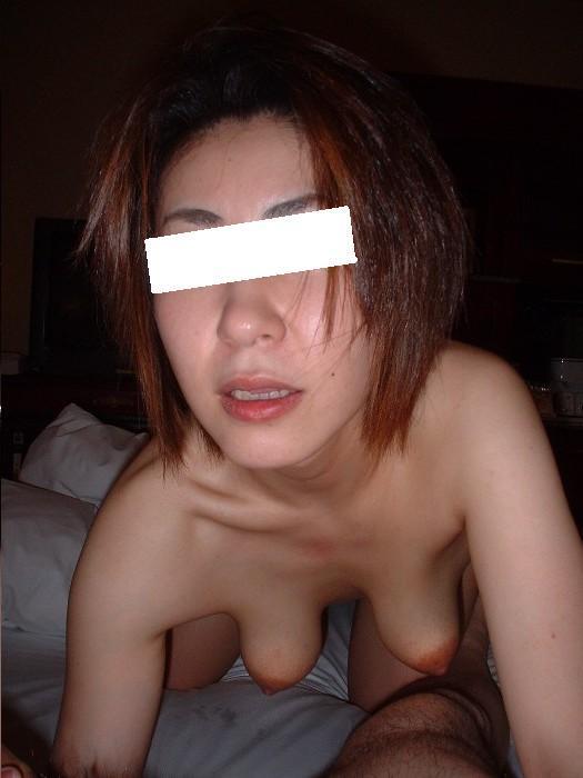 【おっぱい】経験豊富すぎる熟女の垂れ下がった柔らかいおっぱい画像がエロすぎる!【30枚】 26