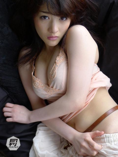 【おっぱい】神乳Gカップグラビアアイドルの神谷えりなちゃんのおっぱい画像がエロすぎる!【30枚】 04