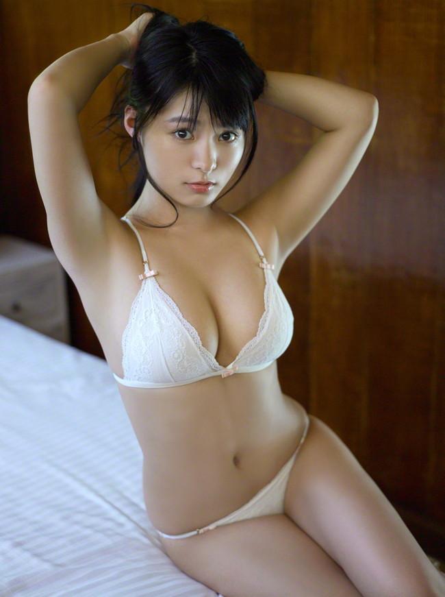【おっぱい】スカウトされて有名になったHカップグラビアアイドルの星名美津紀ちゃんのおっぱい画像がエロすぎる!【30枚】 20