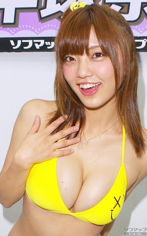 【おっぱい】Fカップの巨乳グラビアアイドルの平塚奈菜ちゃんのおっぱい画像がエロすぎる!【30枚】 07