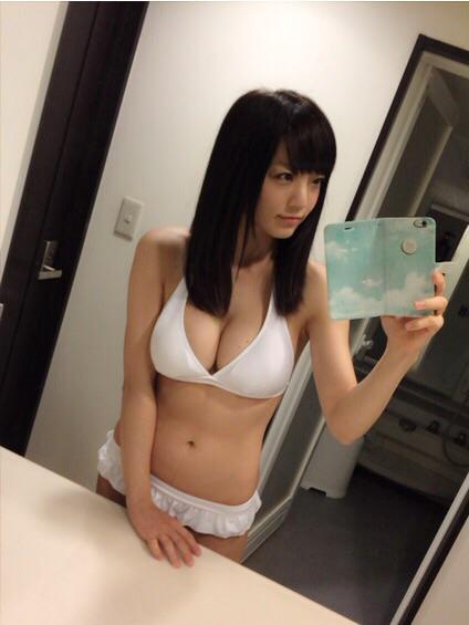 【おっぱい】Fカップの巨乳グラビアアイドルの平塚奈菜ちゃんのおっぱい画像がエロすぎる!【30枚】 29