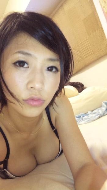 【おっぱい】元芸能人シリーズで一世風靡した大人気女優の範田紗々ちゃんのおっぱい画像がエロすぎる!【30枚】 13