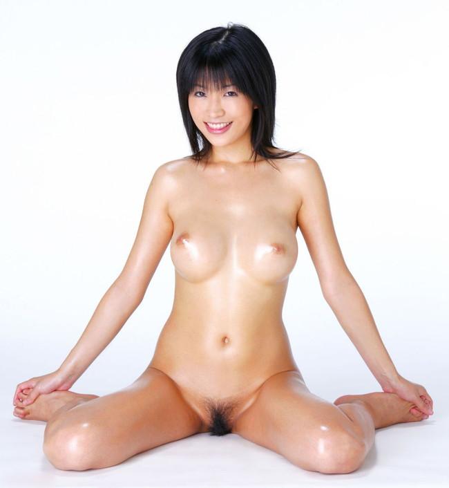 【おっぱい】元芸能人シリーズで一世風靡した大人気女優の範田紗々ちゃんのおっぱい画像がエロすぎる!【30枚】 24