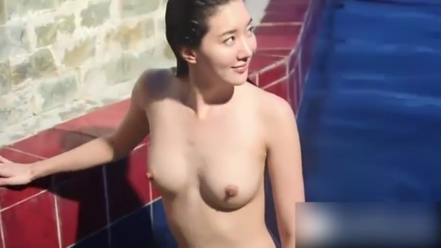 【おっぱい】モデルのような裸が綺麗な韓国美女たちのおっぱい画像がエロすぎる!【30枚】 09