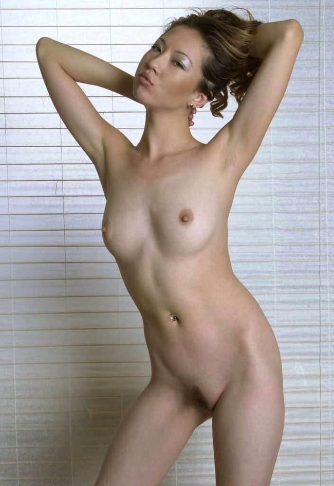 【おっぱい】モデルのような裸が綺麗な韓国美女たちのおっぱい画像がエロすぎる!【30枚】 23