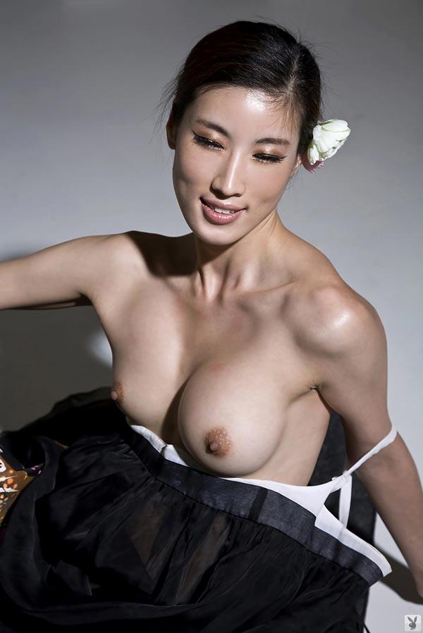 【おっぱい】モデルのような裸が綺麗な韓国美女たちのおっぱい画像がエロすぎる!【30枚】 26