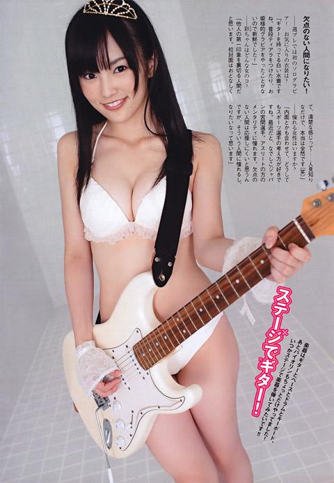 【おっぱい】楽器とエッチな姿がこんなにも合ってしまう女の子のおっぱい画像がエロすぎる!【30枚】 12