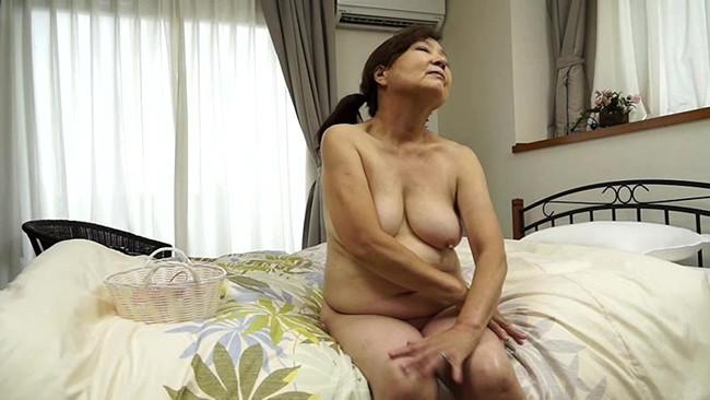 【おっぱい】お婆ちゃんになろうともセックスはまだバリバリ現役!超熟女な女性のおっぱい画像がエロすぎる!【30枚】 14