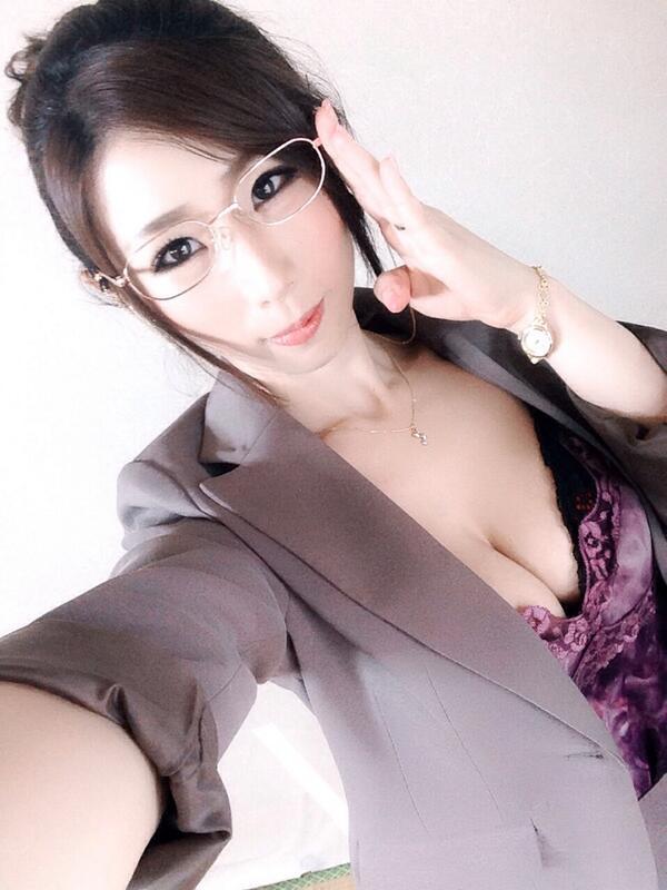 【おっぱい】Iカップで若い女の子にも負けていない!篠田あゆみさんの大きなおっぱい画像がエロすぎる!【30枚】 24