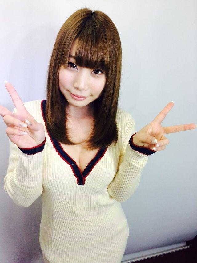 【おっぱい】綺麗で色白!綺麗なおっぱいの持ち主の長谷川るいちゃんのおっぱい画像がエロすぎる!【30枚】 29